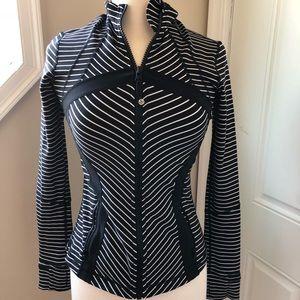 Lululemon sz6 black and white striped track jacket